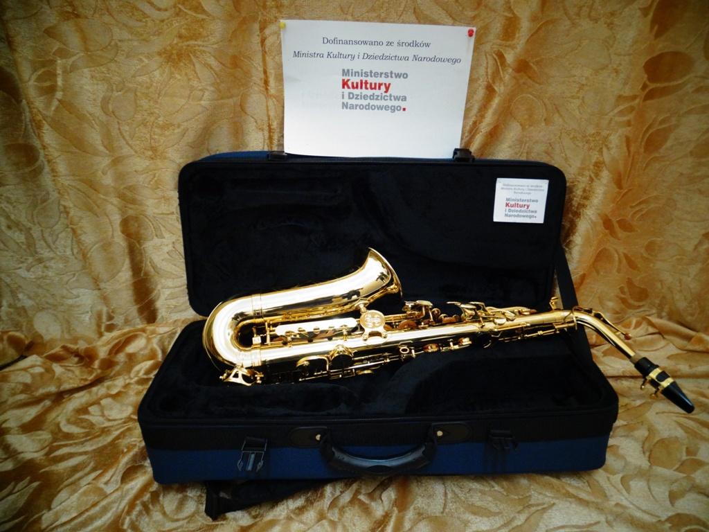 - 3.saksofon.jpg